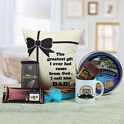 A Yummy Treat for Daddy: Christmas Gift Hampers
