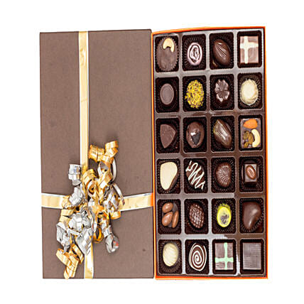 Assorted Chocolates 24: Homemade Chocolate Gifts