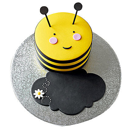 Bumble Bee Fondant Cake: Cartoon Cakes