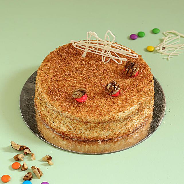 Carrot Walnut Cake: Walnut Cakes