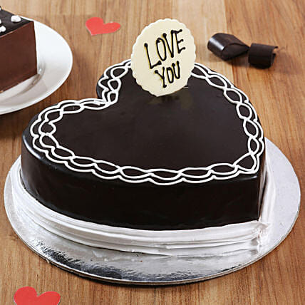 Classic Heart Shaped Chocolate Cake: Chocolate Day Gifts