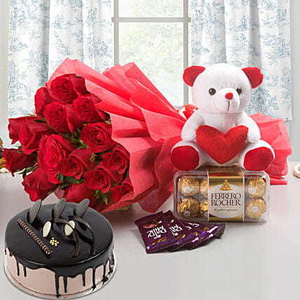 Win Her Heart Love Combo With Chocolate Cake: Cakes and Chocolates