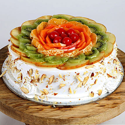 Creamy Vanilla Fruit Cake: Gifts to India