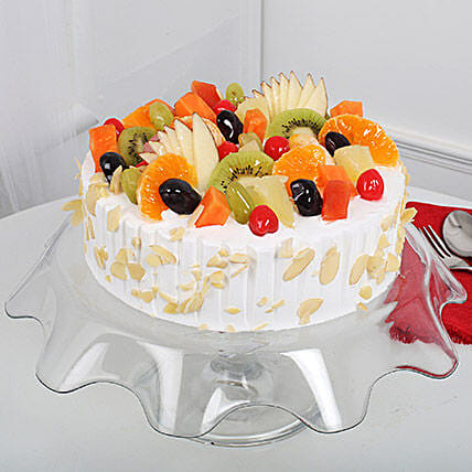 Creamy Vanilla Fruit Cake: Pineapple Cakes Delivery