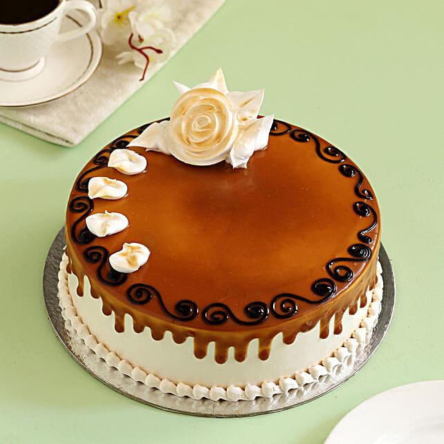 Delicious Caramel Cake: