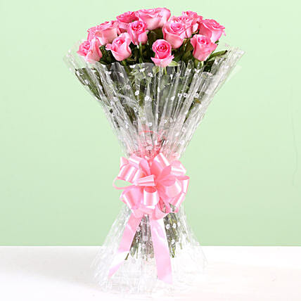 Elegant Bouquet Of Pink Roses: Send Flower Bouquets