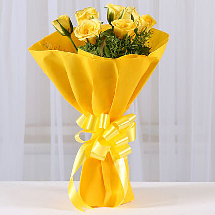Enticing Yellow Roses Bouquet: Yellow Flowers