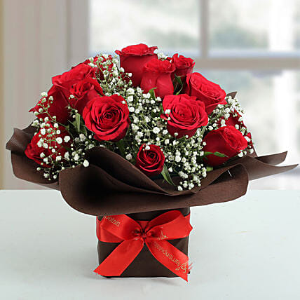 Exotic Red Roses Arrangement Flowers To Kolkata