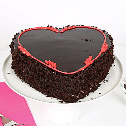 Fabulous Heart Cake: Send Chocolate Cakes