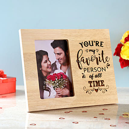 Favourite Person Engraved Wooden Frame: Gifts for Hug Day