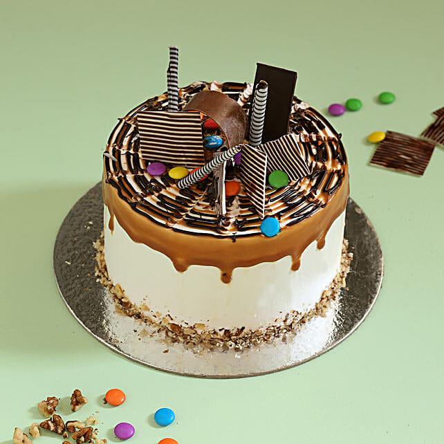 Gems Sprinkled Caramel Cake: Caramel Cakes