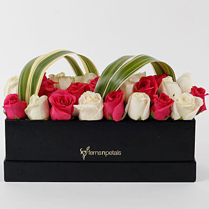 Graceful Roses Box Arrangement: Premium Roses