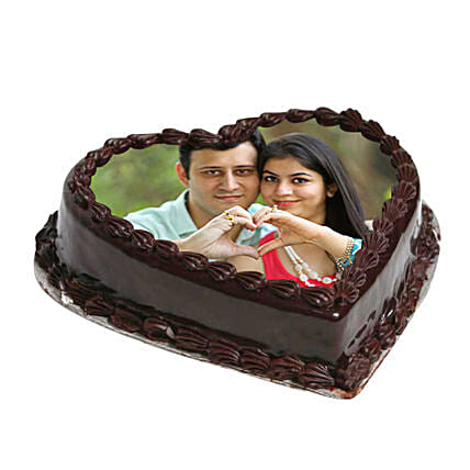 Heart Shape Photo Chocolate Cake: Chocolate Cake