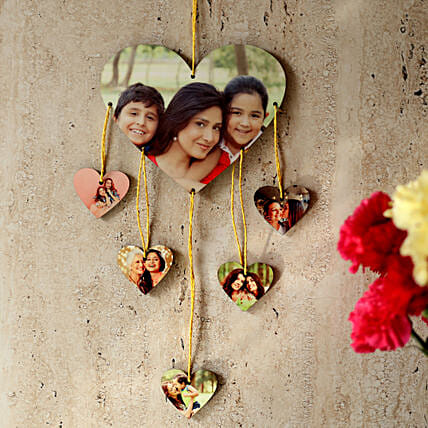 Heartshaped Personalized Wall Hanging: Gift Ideas