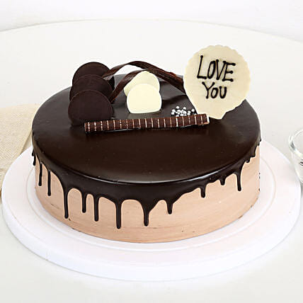 Love You Valentine Chocolate Cake: Send Chocolate Cakes