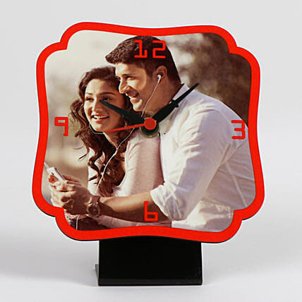 Personalized Red Table Clock: Gifts to India