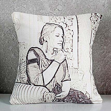 Personalized Sketch Cushion: Personalised Caricatures