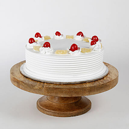 Pineapple Cake: Eggless cakes for birthday