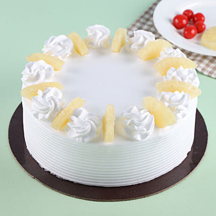 Pineapple Round Cake: Pineapple Cakes Delivery