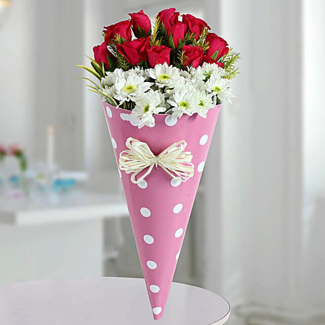 Pink Roses N White Daisies Bunch: Diwali Flowers