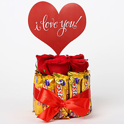 Red Roses in Glass Vase & 5 Star Love Arrangement: Gifts for Hug Day
