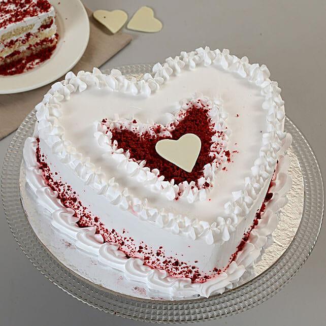 Red Velvet Cream Heart Cake: Red Velvet Cakes Delivery