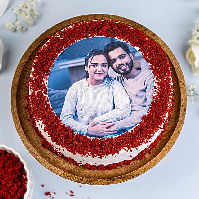 Red Velvet Photo Cake: Red velvet cakes