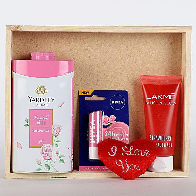 Refreshing Pink Hamper: Return Gifts
