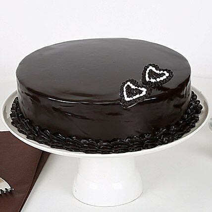 Rich Velvety Chocolate Cake: Good Luck Gifts