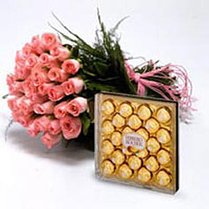 Roses With Chocolates: Gifts for Wedding