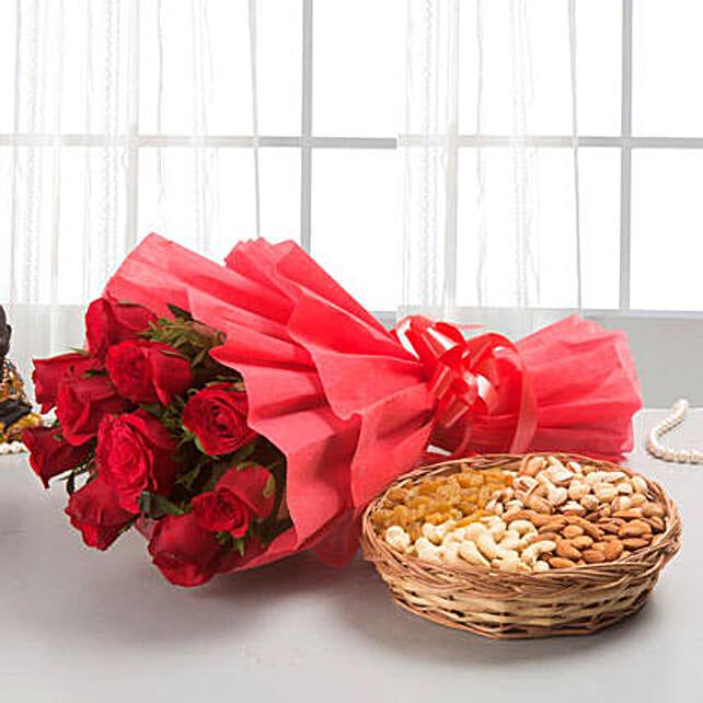 Roses with dryfruits EXDFNP113: Flower N Dry Fruit