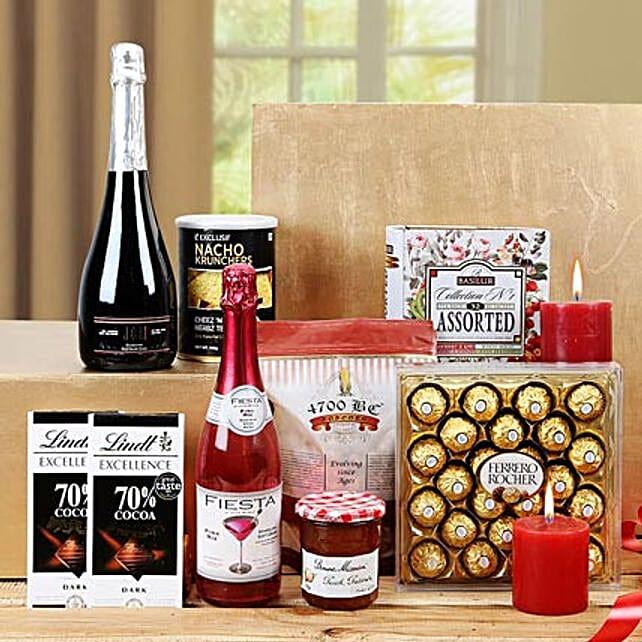 Sensational Treat Gift Basket: House Warming Gift Hampers