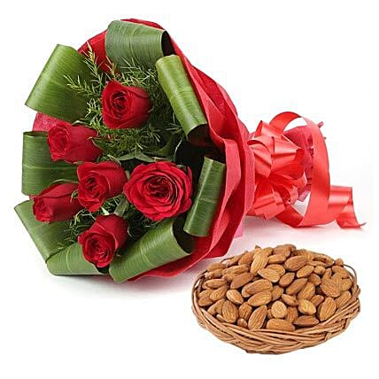 Spectacular Moments: Dry Fruits Gift Packs