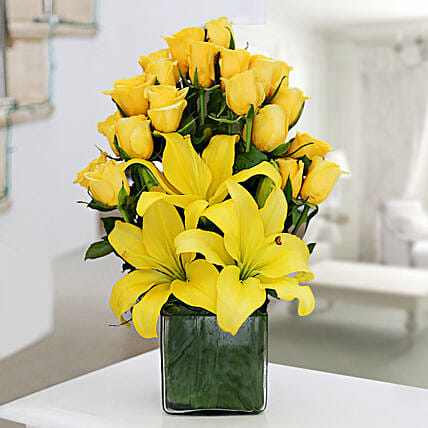 Yellow Roses & Asiatic Lilies Vase Arrangement: Fresh Flower Arrangement