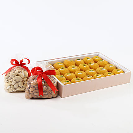 Sweet N Crunch Hamper: Sweets & Dry Fruits for Eid