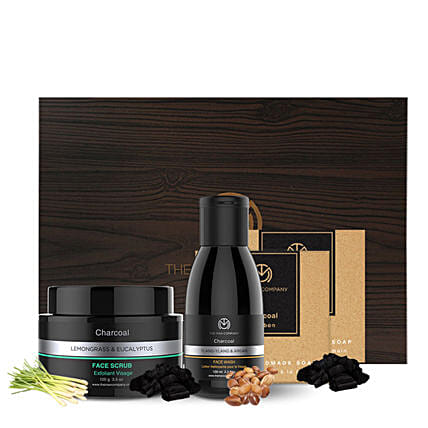 The Man Company Charcoal Express: Cosmetics & Spa Hampers