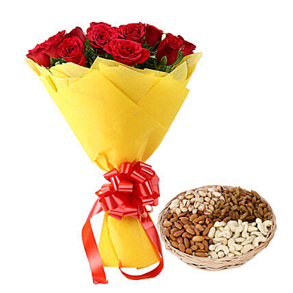 Token Of Gift: Flower N Dry Fruit