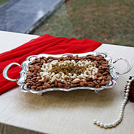 Tray of Adoration: Dry Fruits Gift Packs