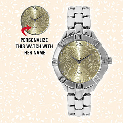 Trendy Personalised Watch: Gifts for Daughters Day