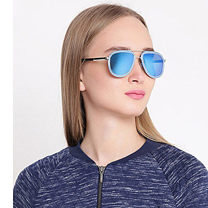 Blue Aviator Unisex Sunglasses: Accessories