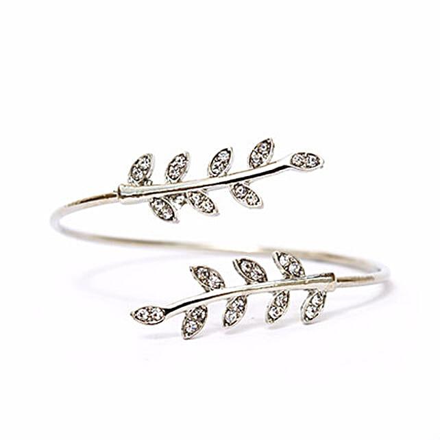 Grecian Leaves Silver Bracelet: Accessories