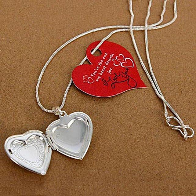 My Love Heart Locket: Fashion Accessories