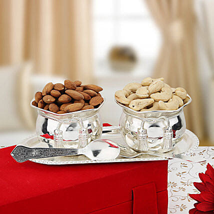 Nuts and Bowls: Dry Fruits