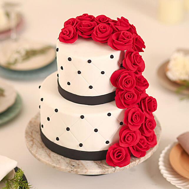 Rose Fondant Cake: Multi Tier Cakes