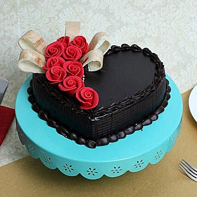 Semi Fondant Heart Cake: Heart Shaped Cakes