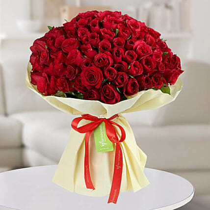 Enchanting Red Roses Bunch: Premium Gifts