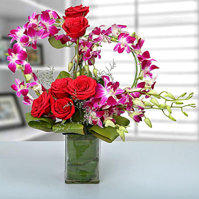 Rose and Orchid Arrangement: Unique Gifts