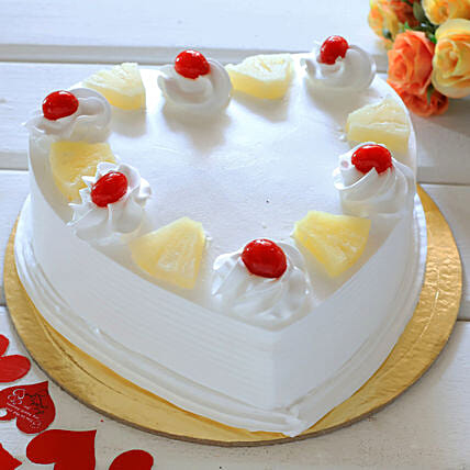 Heart Shaped Pineapple Cake: