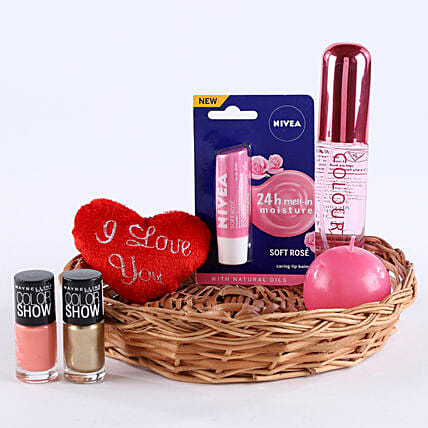Love Being A Woman: Send Gift Hampers