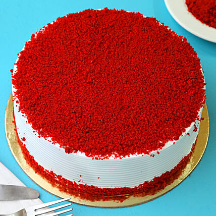 Red Velvet Fresh Cream Cake: Birthday Cakes
